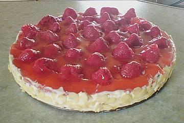 Erdbeer - Stracciatelle - Torte