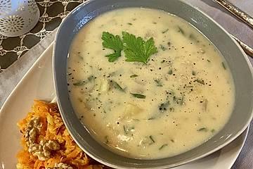 Kohlrabi - Petersilien - Suppe