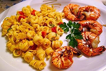 Ananas - Scampi - Curry - Nudelsalat