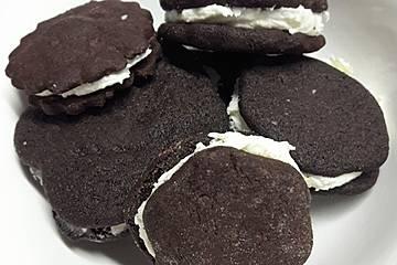 Selbst gemachte Cookies im Oreo - Style