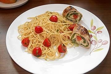 Mozzarella - Schnitzel mit Tomaten - Knoblauch - Nudeln