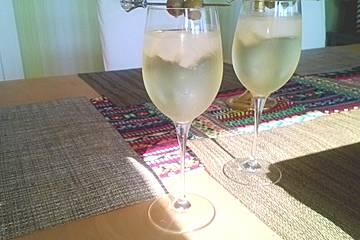 Bianco richtig servieren martini Kako piti