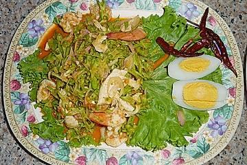 Yam Tua Puu – Thai Flügelbohnensalat mit Schweinehack und Garnelen