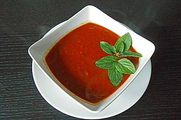 Reginas Tomatensoße