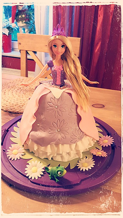 Barbie Torte Backen Rezepte Chefkoch De