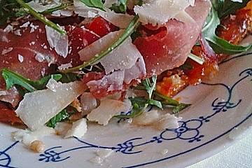 Lauwarme Pizza Parma mit Bruschetta -Tomaten